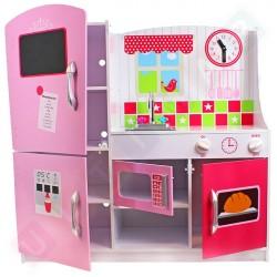 Drewniana kuchnia z lodówką i piekarnikiem