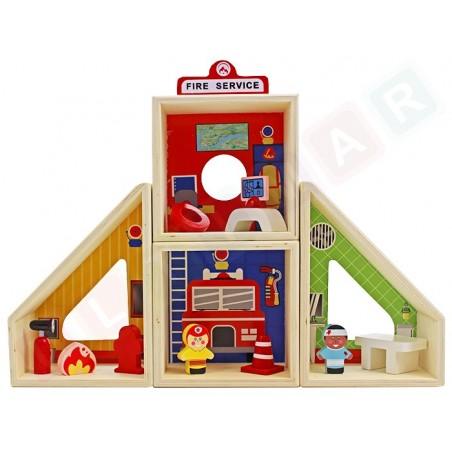 Drewniana remiza strażacka: Straż Pożarna